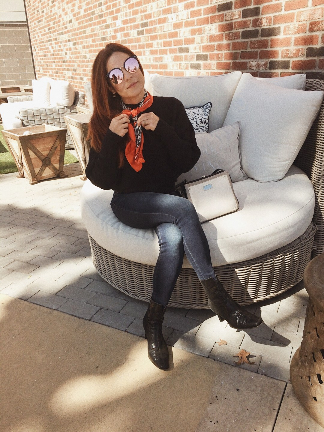 ways to style a silk scarf, styling with silk scarves, Stuart Weitzman boots, skinny jeans, accessorizing with scarves