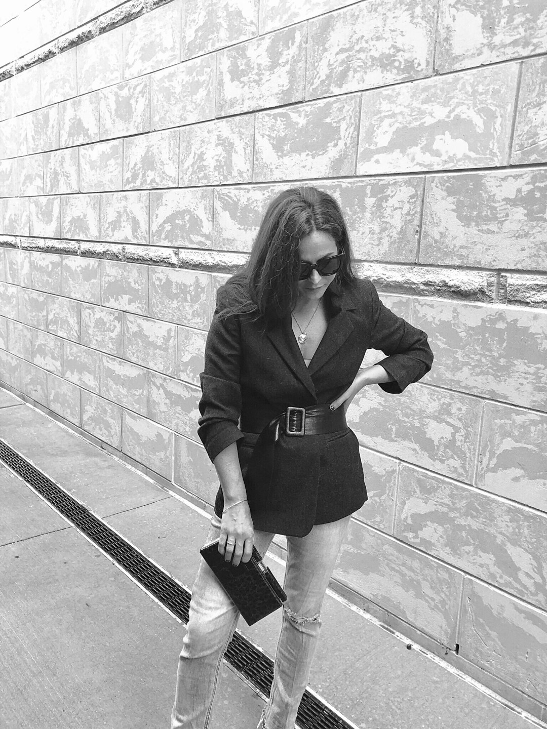 belted blazer outfits, outfits with a belt, black and white photos, clutch