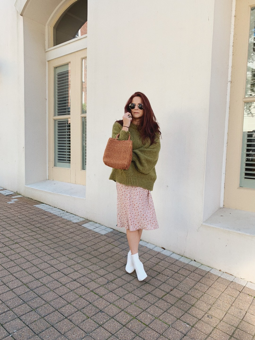 oversized sweater outfits, spring fashion, white sock booties, basket bags