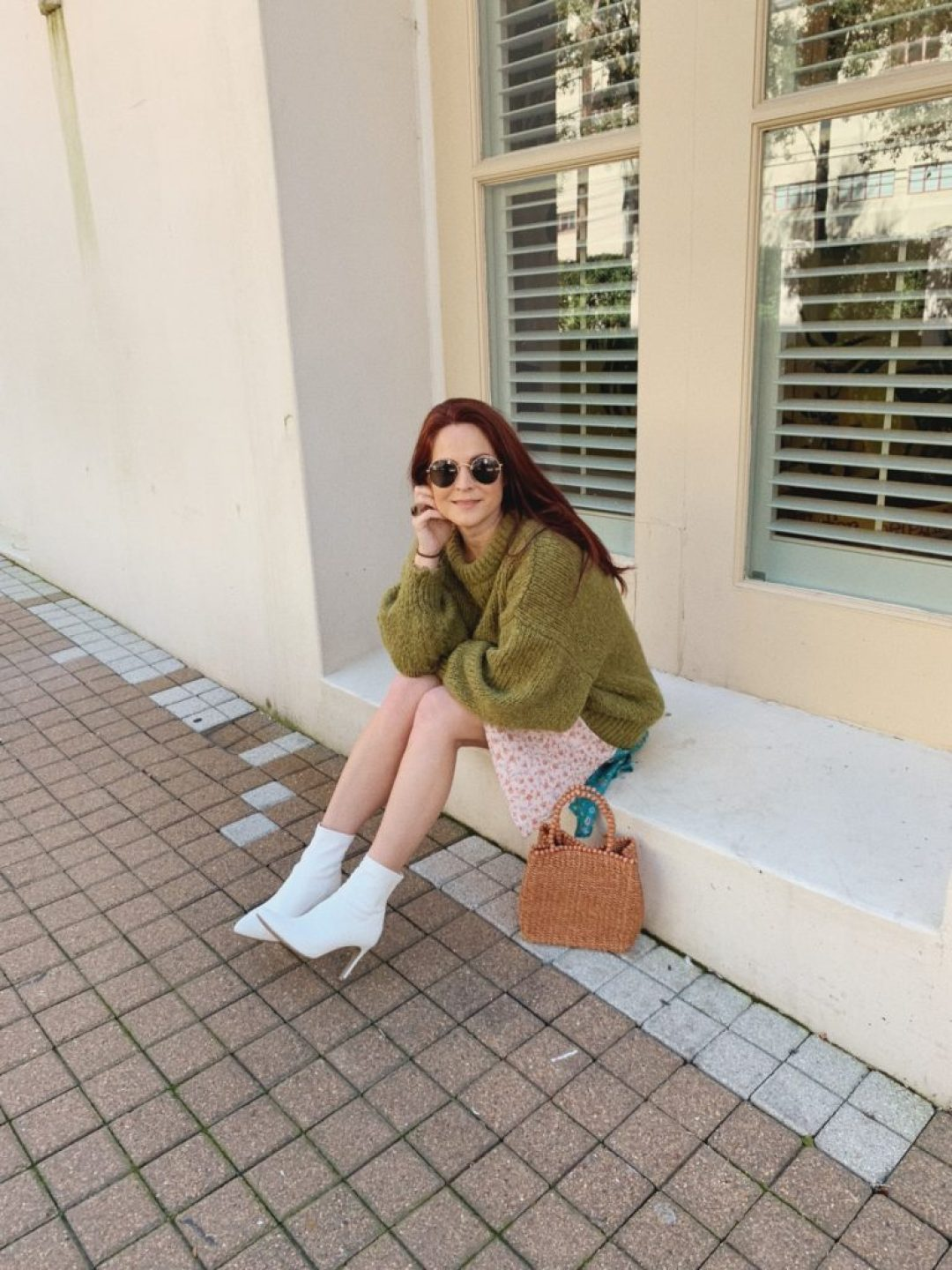 white boot outfit ideas, comfortable spring looks, spring dresses, how to style oversized sweaters