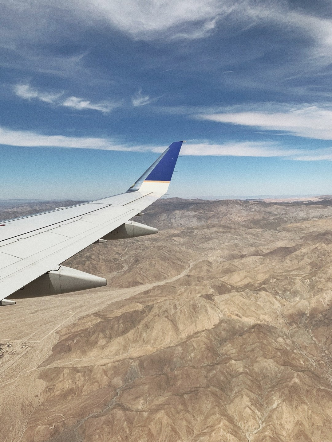 airplane shot, shot from the sky, California from the air, Palm Springs, travel, girls trip
