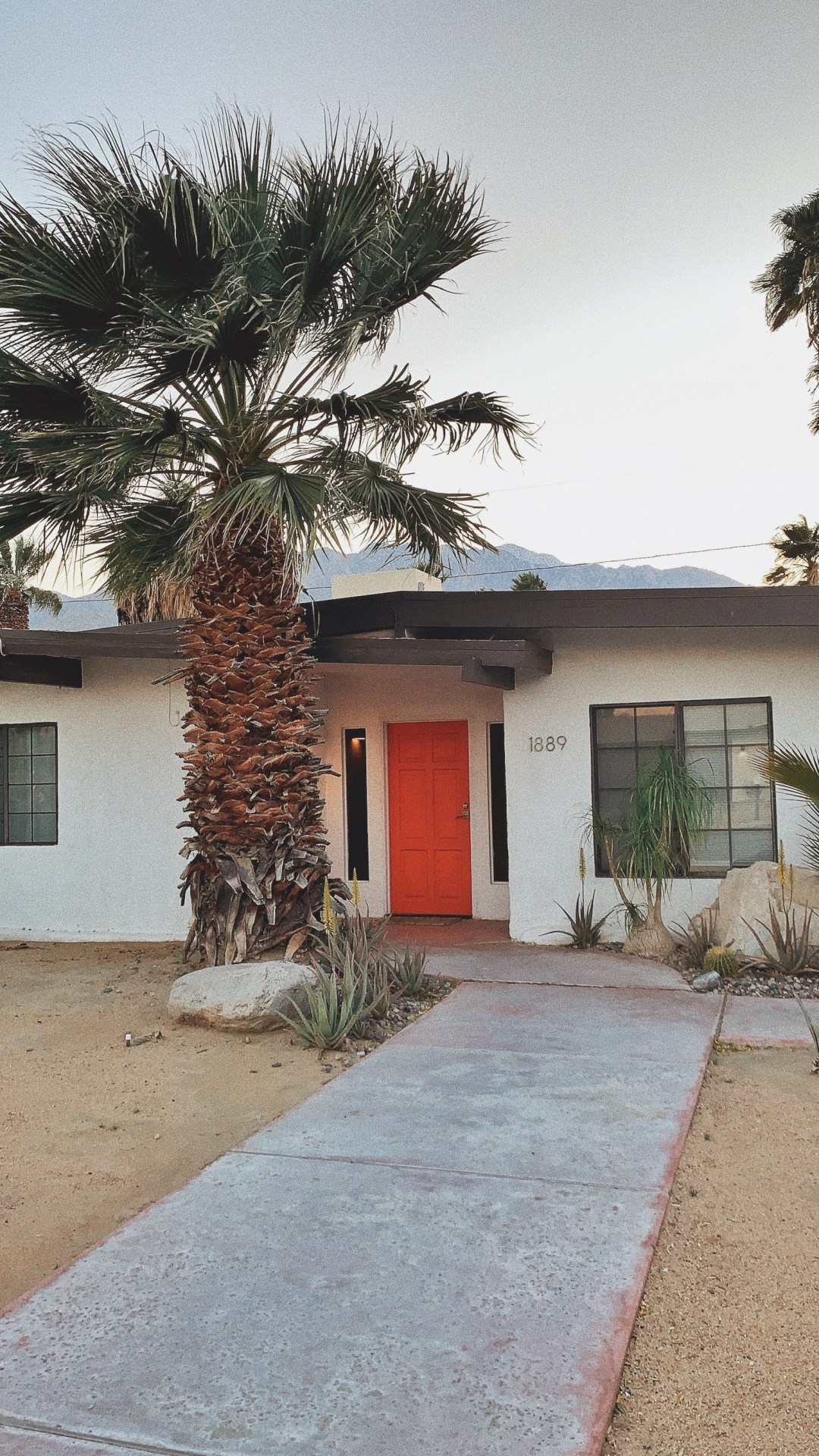 home away home, California homes, where to stay in Palm Springs,