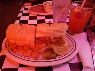 Po'Boy Shrimps + Cocktail: Hurricane