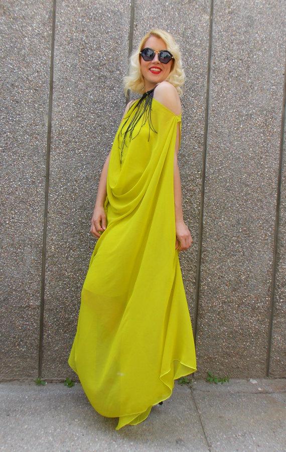yellow kaftan