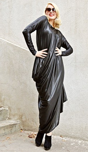 black plus size kaftan