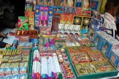 रात 10 बजे से सुबह 06 बजे तक पटाखे फोड़ना प्रतिबंधित