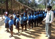 नक्सल प्रभावित 50 स्कूलों को गोद लेगी पुलिस