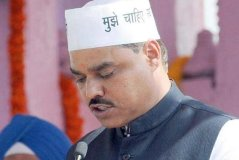 फर्जी डिग्री : दिल्ली के कानून मंत्री तोमर गिरफ्तार