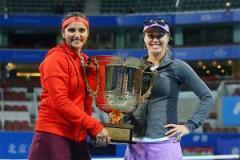 सानिया हिंगिस का जीत का सिलसिला क्वार्टर फाइनल में रुका