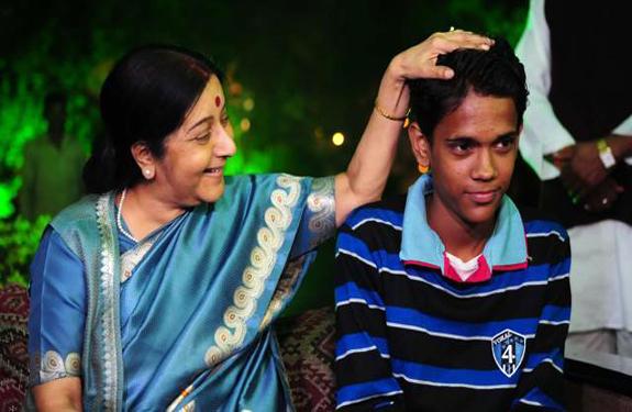 Sushma Swaraj meets Ramzan