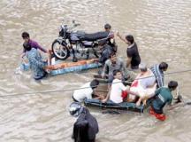 तमिलनाडु में भारी बारिश, 55 लोगों की मौत