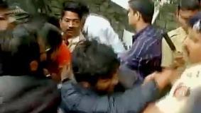 FTII में गजेंद्र चौहान के जाने से पहले छात्रों का प्रदर्शन