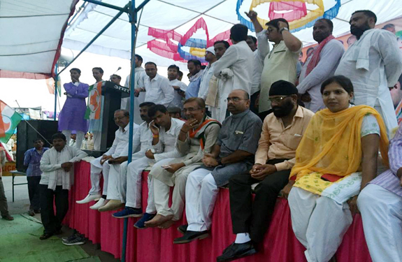 congress protest against bjp at kahndwa
