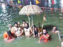 सिंहस्थ: शिप्रा में 10 लाख से ज्यादा ने किया अमृत स्नान