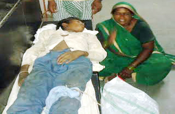 Tribals child deaths doctor Demands for postmortem 2500 in Ghoradongri Betul