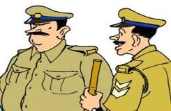 शामली पत्रकार की पिटाई मामले में SHO कॉन्स्टेबल सस्पेंड