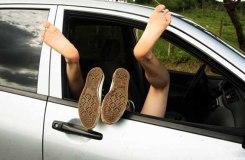 सड़क किनारे कार में लव कर रहे प्रेमी जोड़े की मौत !