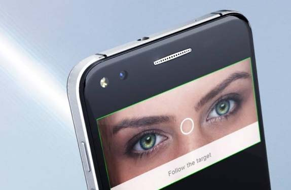 smartphone in eyes