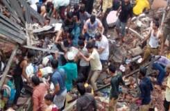 VIDEO: भिवंडी में दो मंजिला ईमारत गिरी