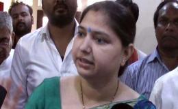 बीजेपी की महिला सांसद ने एसपी को दी खाल खिंचवा लेने की धमकी