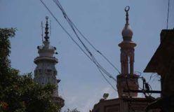 मस्जिद जलाने की कोशिश के आरोप में नाबालिग लड़का गिरफ्तार, गांव में तनाव