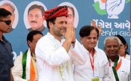 कांग्रेस के हिन्दुत्व की ओर बढ़ते क़दम, शिवभक्त राहुल