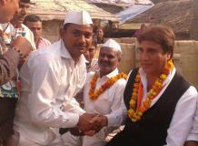 'शेर' दिल नेता है राज बब्बर , कार्यकर्ताओ ने माना आभार