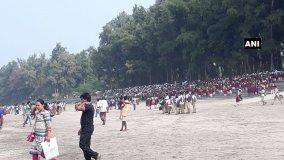मुंबई: छात्रों की नाव पलटी, 2 की मौत 6 लापता, 32 सुरक्षित