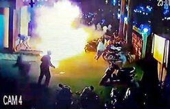 Video : पद्मावत, उपद्रवियों ने थिएटर के बाहर पेट्रोल बम फेंका