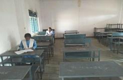 स्कूल प्रबंधन ने किया बच्चों के भविष्य से खिलवाड़, लापरवाही उजागर