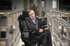 नहीं रहे वैज्ञानिक स्टीफन हॉकिंग, दुर्लभ बीमारी से पीड़ित थे