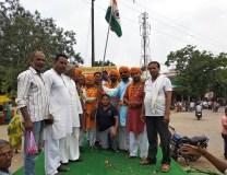 चंदेरी : शिव भक्तों ने कावड एवं तिरंगा यात्रा निकाली, मुसलमानों ने किया स्वागत