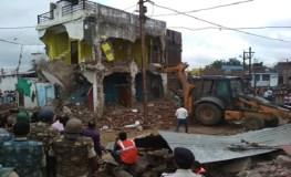खंडवा : स्लॉटर हाउस का अतिक्रमण तोड़ने पहुंची टीम, भारी पुलिसबल तैनात