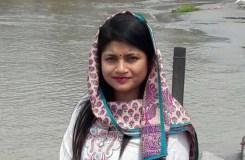 महिला IAS ने PM मोदी और बॉलीवुड सितारों को पीछे छोड़ा