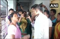 बंगाल में फिर हिंसा – आगजनी, मतदाताओं को वोट डालने से रोका