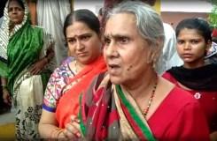 कमलेश तिवारी की मां ने योगी सरकार पर लगाया नजरबंद करने का आरोप