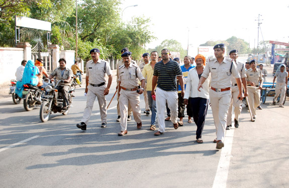 madhya pradesh heartless killers march By khandwa police