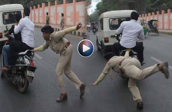 youth-broken-traffic-rule-in-ranchi-kapil-sharma-show-share Pic Viral copy