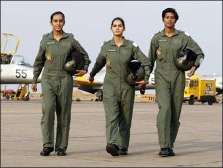 female_fighter_pilots