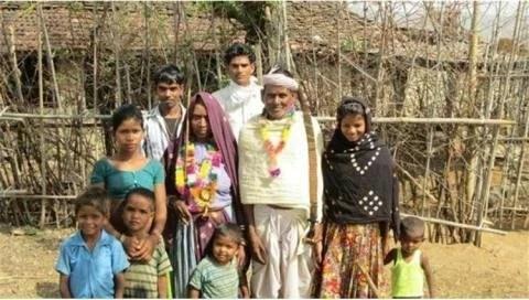 इस गांव में है बड़ी अजीब परंपरा शादी से पहले बनना पड़ता है लड़की को मां