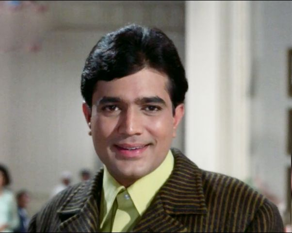 This is the only actor to break the record of 15 consecutive hits of Rajesh Khanna