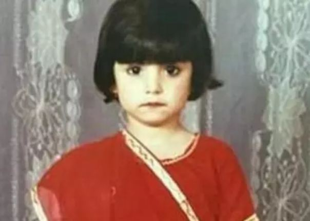 This-little-girl-wanted-to-become-a-doctor-but-became-Bollywoods-hottest-actress