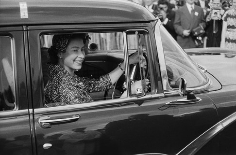 Image:  | Princess Elizabeth driving with a driver's license in the United Kingdom