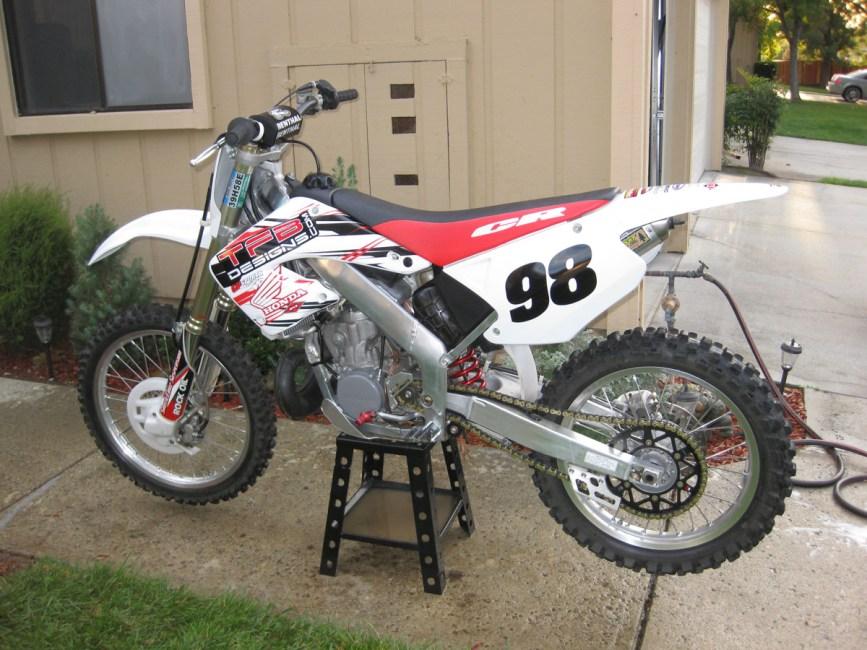 CR2501