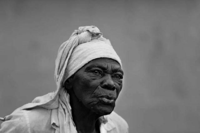 Old Women Skin no hair nails