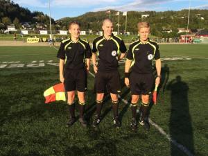 Dommertrio Plahn, M Støfringshaug og M Lillemark