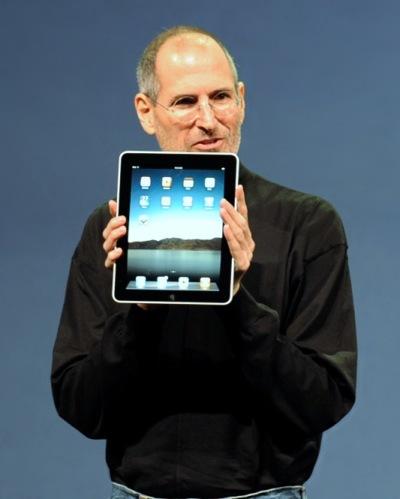 Steve Jobs with iPad