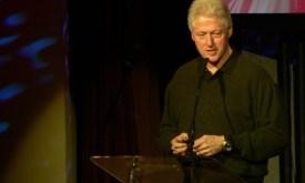 Bill_Clinton_talking_at_TED_2007
