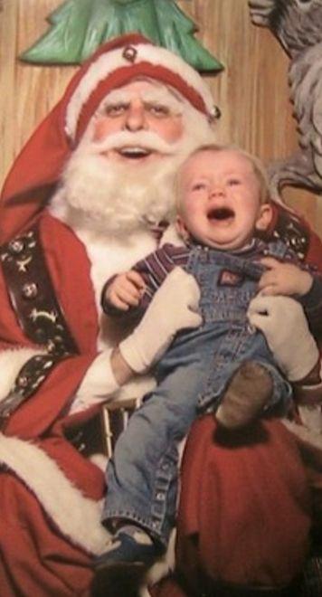 48bdb5aa31784acf7308942769331ea3 family christmas photos santa christmas - The Worst Santa's Lap Photos to Ruin Your Christmas