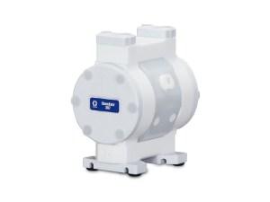 "Graco¨ Chemsafeª 307 3/8"" Overmolded UHMWPE/PTFE/BUNA Air Diaphragm Pump - 24X501 - NPT Thread"